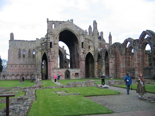 Melrose Abbey, photo by BillBl