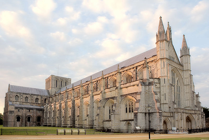 Top 5 attractions of winchester united kingdom travel guides - Round table winchester cathedral ...