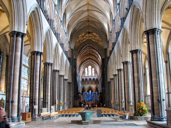The Most Impressive Examples Of English Gothic Architecture