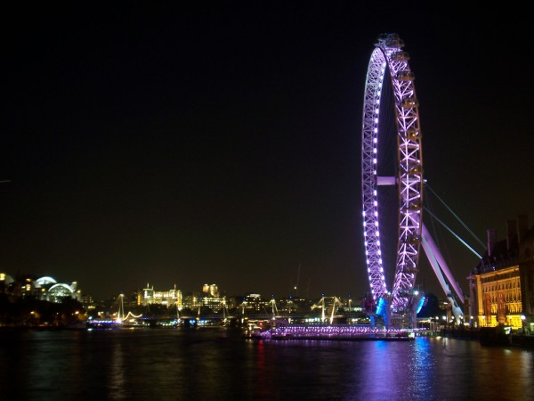 London Eye by night Adriano Aurelio Araujo/Flickr