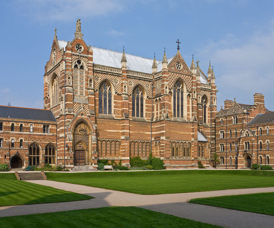 Keble College Chapel, University of Oxford en.wikipedia.org