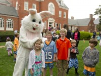 Kids with the Easter Bunny MDGovpics/Flickr