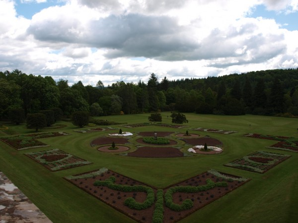 Drumlanrig Castle gardens Nigel's Europe/Flickr