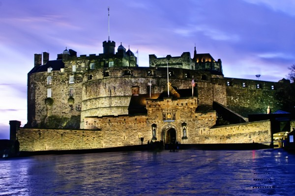 Edinburgh Castle Francisco Diez/Flickr