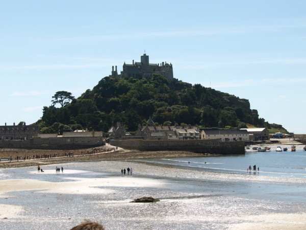 St. Michael's Mount alexhealing/Flickr