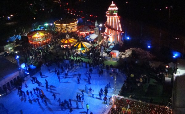 Cardiff Winter Wonderland ice skating joncandy/Flickr