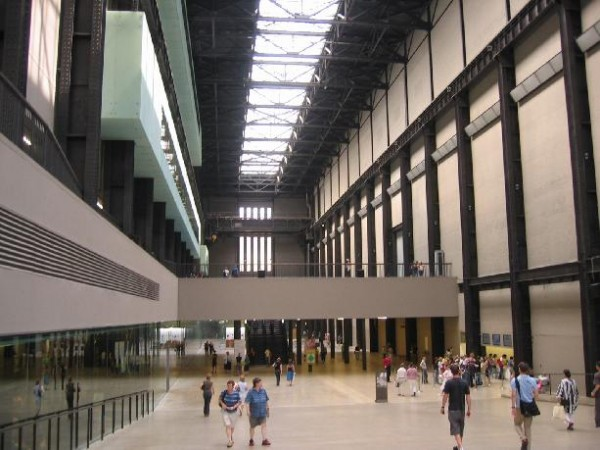 Tate Modern, Turbine Hall budgetplaces.com/Flickr